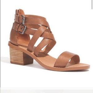 The Lora Sandal